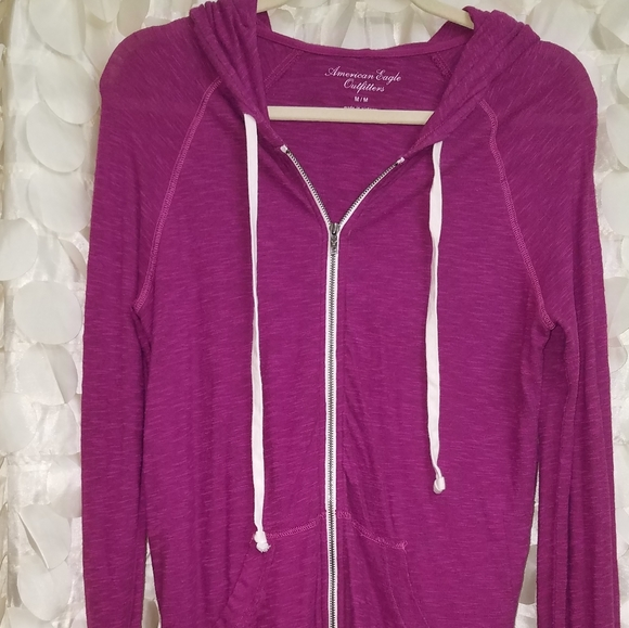 American Eagle Outfitters Tops - Ameeican Eagle hoodie